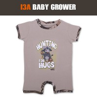 infants-baby-grower-hunting-for-hugs